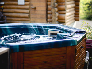 Hot tub at Falcon Beach Ranch.