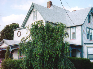 Exterior view of Three Gables Inn B & B.