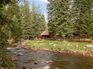 Exterior view of O-Bar-O Cabins.
