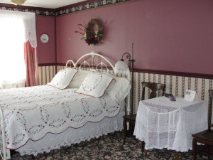 Guest room at Elk City Hotel.