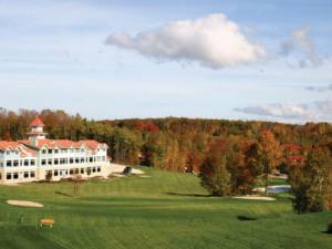 Golfing at Little Sweden Vacation Resort