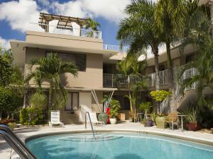 Outdoor pool at Granada Inn.