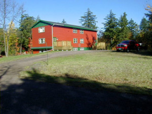 Exterior view of Porcupine Lodge.
