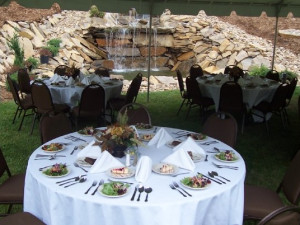 Outdoor dining at Mountain Lodge & Conference.