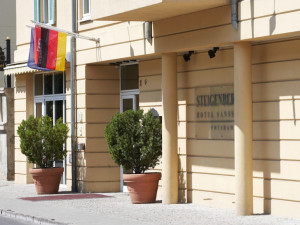 Exterior view of Steigenberger MAXX Hotel Sanssouci.