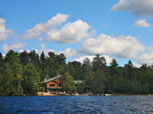 Exterior view of Elbow Lake Lodge.