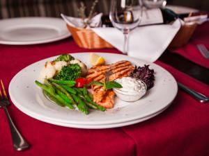 Salmon dinner at Salmon Falls Resort.
