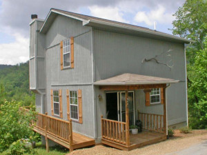 Cabin exterior at Laurel Mountain Cabins.