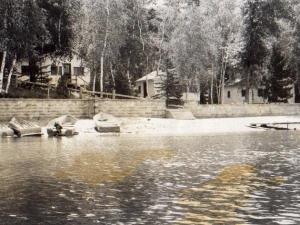 Historical photo of Black Pine Beach Resort.