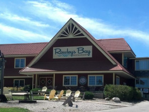 Welcome to Rowleys Bay Resort