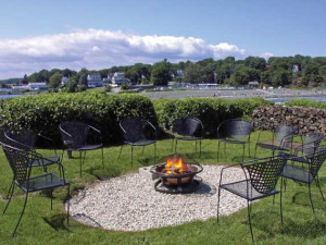 Fire pit at Stage Neck Inn.