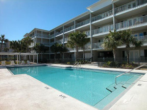 Exterior Pool View at Meyer Vacation Rentals