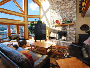 Rental living room at Railey Mountain Lake Vacations.