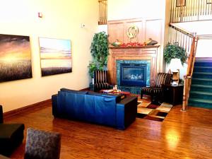 Lobby at Country Inn River Falls.