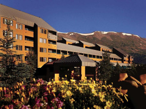 DoubleTree Hilton exterior at Breckenridge Discount Lodge.