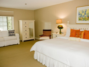 Guest room at Southampton Inn.