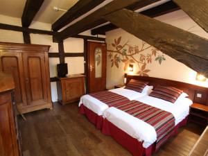 Guest room at Hôtel de la Couronne.