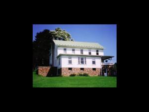 Exterior view of Schantz Haus Farm B & B.