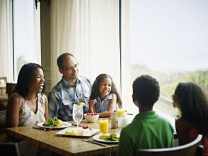 Family dining at The Villas of Amelia Island Plantation.