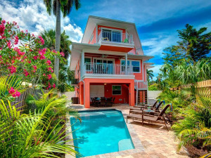 Rental exterior at Anna Maria Vacations.