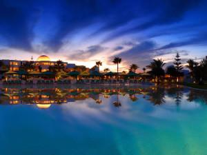 Exterior view of Hotel Djerba Plaza.