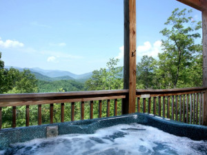 Rental hot tub at Jackson Mountain Homes.