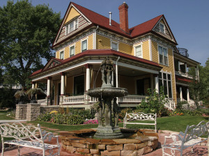 Exterior view of Rivertown Inn Bed & Breakfast.