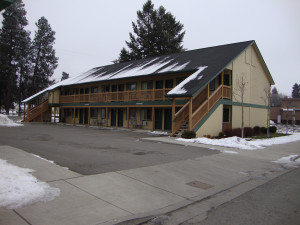 Front view of the Couer d'Alene Budget Saver Motel.