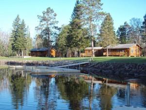 Cabins at Dun Rovin Lodge.