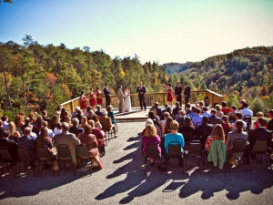 Wedding at Cliffview Resort.