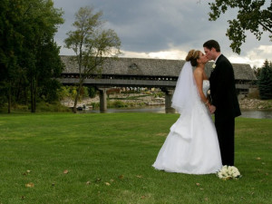 Wedding Couple at Bavarian Inn of Frankenmuth