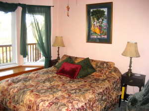 Guest room at Spirit Lake BNB.