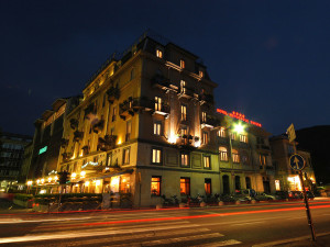 Exterior view of Hotel Metropole & Suisse au Lac.