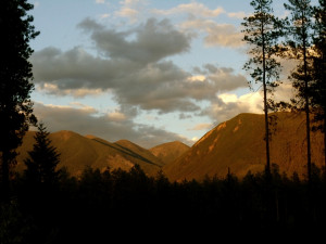 Mountain view at Silverwolf Log Chalet Resort.