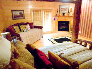 Guest room at Harpole's Heartland Lodge.