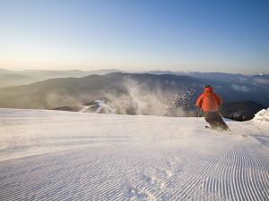Downhill skiing at Northwoods Inn.