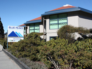Exterior view of Blue Peaks Luxury Apartments & Motor Lodge Queenstown.