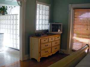 Guest room at Keywest Harbor Inn.