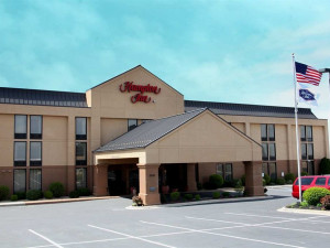 Exterior view of Hampton Inn Rolla.