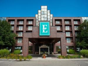 Exterior view of Embassy Suites Detroit - Livonia/Novi.