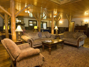Lobby at the Highland Lake Inn