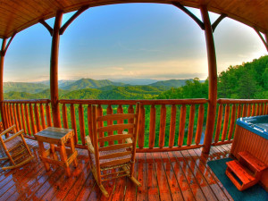 Cabin deck at Cabin Fever Vacations.