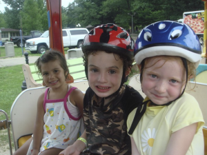 Kids at Yogi Bear's Jellystone Park Warrens.