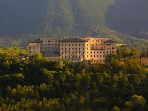 Exterior view of Grand Hotel Palazzo della Fonte.