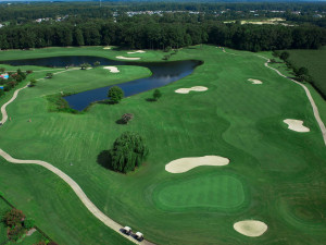 Golf course near Sandbridge Realty.
