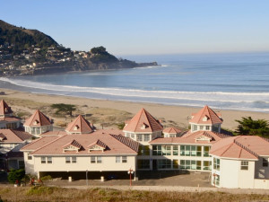 Exterior view of Pacifica Beach Hotel.