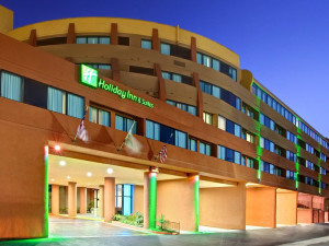 Exterior view of Holiday Inn Hotel & Suites Anaheim - Fullerton.