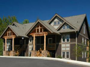 Cabin at Echota Resort