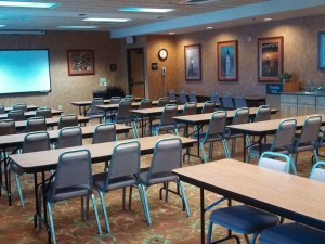 Conference room at Hampton Inn Duluth.