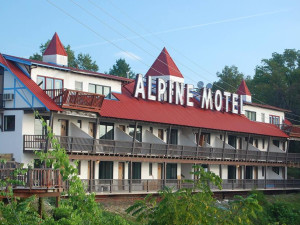Exterior view of Alpine Lodge.